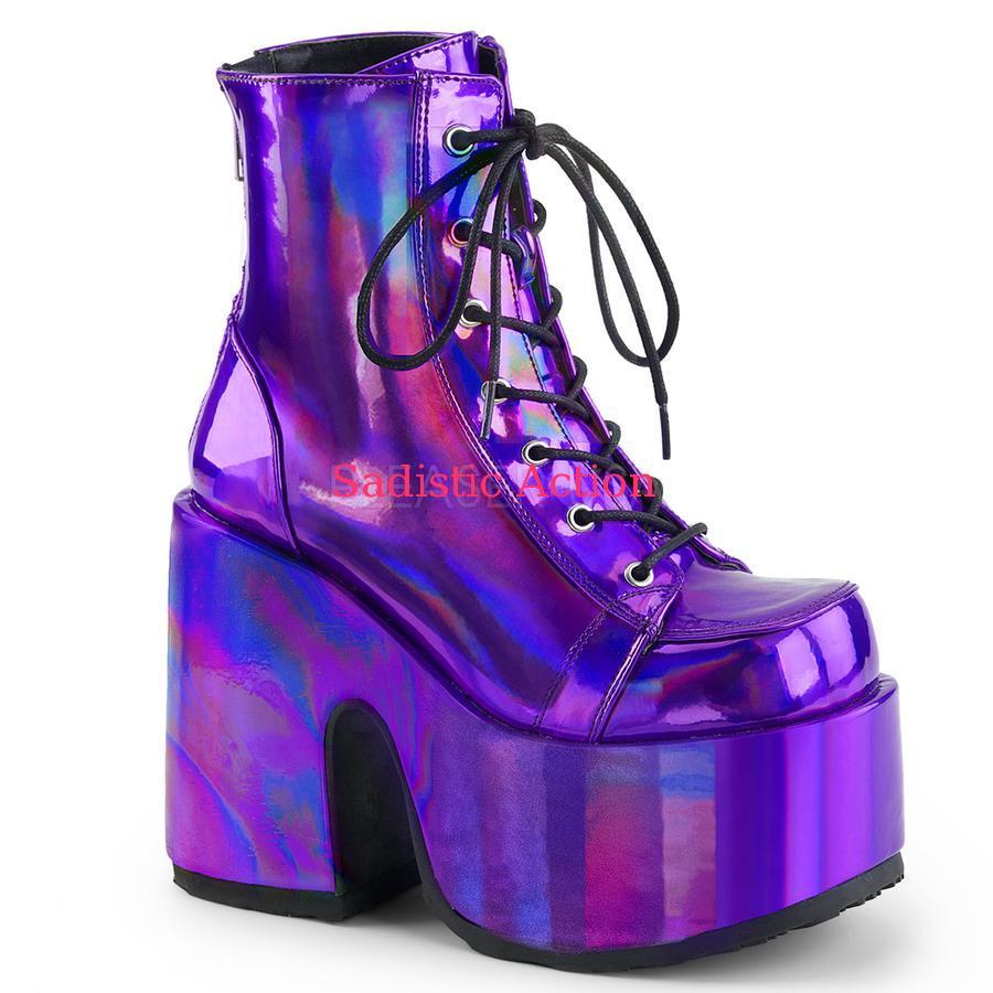 【即納】Demonia Purple Hologram Vegan Leather Chunky Heel 【コスチュームアクセサリー】【コスチュームシューズ】【ブーツ】【DEMONIA(サンダル・フェスティバルシューズ・ブーツ)】【DM-BO-CAM203/PPHG】