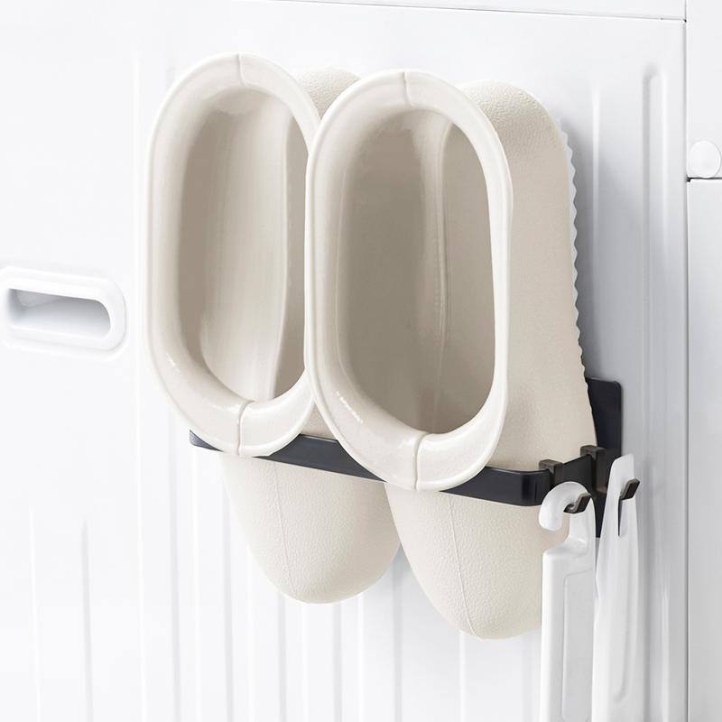 数量限定アウトレット最安価格 洗濯機横にマグネットですっきり収まる 100%品質保証 バスブーツホルダー バススリッパ収納 白 磁石 浴室 ホワイト ブラック モノトーン シンプル マグネットバスブーツホルダータワー 全2色 Yamazaki towerシリーズ スリッパ 収納 おしゃれ お風呂の マグネット ケース タワーシリーズ スプレーホルダー かわいい バスルーム 超強力 タオル掛け 山崎実業