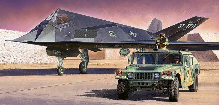 TAMIYA 1/48スケールプラモデル F-117A NIGHTHAWK ナイトホーク・多用途装輪車セット