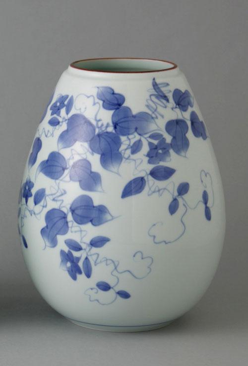 有田焼 8寸姫型花瓶 つる草 Y-221-W