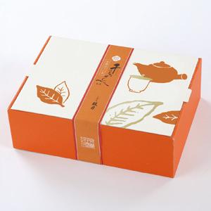 大人気の 千寿せんべい が 美味しさそのままに 小さくかわいらしくなりました 有機栽培でつくりあげたほうじ茶の薫り高い芳ばしさがお口いっぱいにひろがります 国内即発送 12枚入 〈京菓子處 安値 鼓月〉姫千寿せんべい有機ほうじ茶