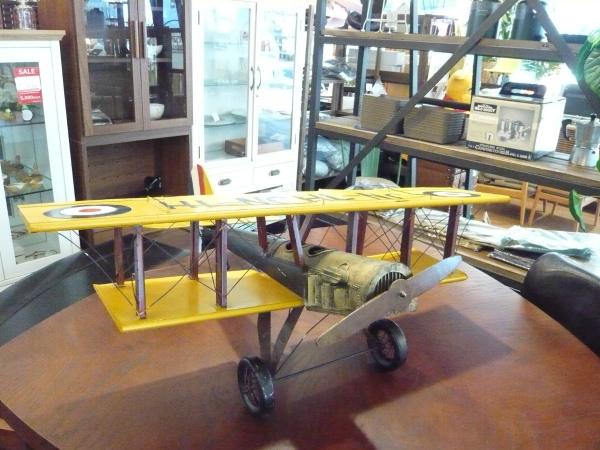 ブリキのおもちゃ アメリカンアンティーク 超安い レトロ 飛行機のオブジェ 中古 2020春夏新作 引き取り限定