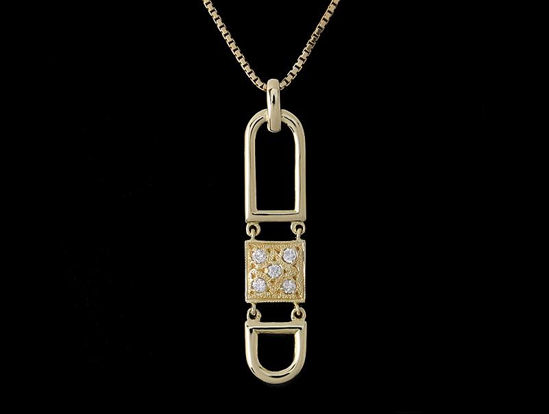 【送料無料】K18 ・18金・ダイヤペンダントトップ付ネックレス・ダイヤモンド・750・ダイアモンド・0,10ct・新品仕上げ済・展示傷あり【中古】