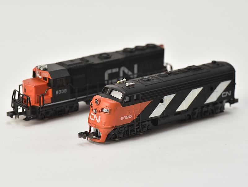 【送料無料】BACHMANN #4600/1498 TOMY GP-40 EMD Diesel Penn CentralライトNG走行OK 鉄道模型 BACHMANN CANADIAN NA TIONAL【中古】