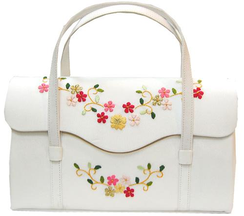 手刺繍【二本手】のバッグ【白】