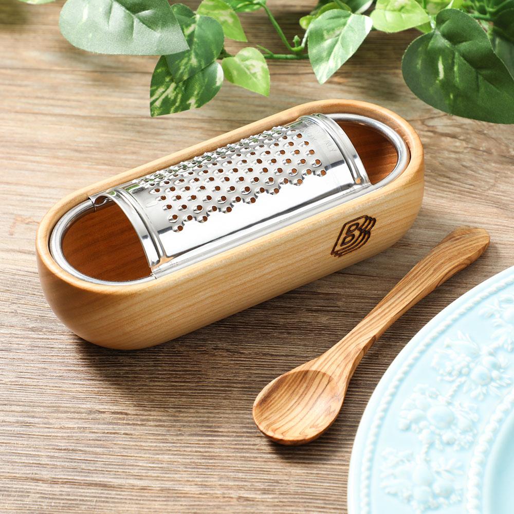 削ったチーズをそのまま食卓へ お値打ち価格で チーズグレーター 新品未使用正規品 アーモニー S ビアンキ イタリア製 削り器 おろし金 BIANCHI