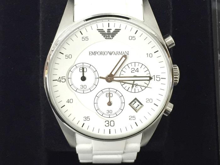 【中古】エンポリオ アルマーニ メンズ腕時計 クオーツ クロノグラフ SS/ラバー シルバー文字盤 AR5867[jggW]