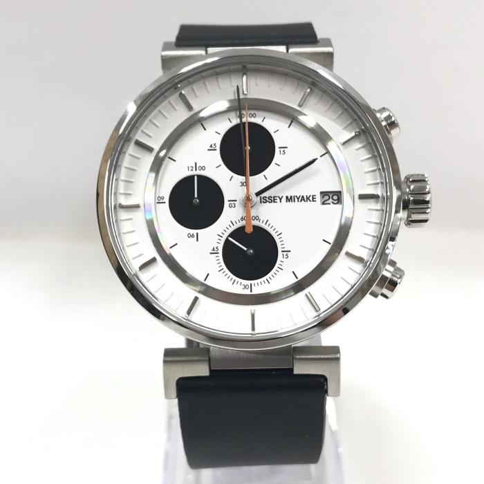 【中古】イッセイミヤケ メンズ腕時計 クロノグラフ クオーツ SS/レザー 白文字盤 ブラック VK67-0010[jggW]