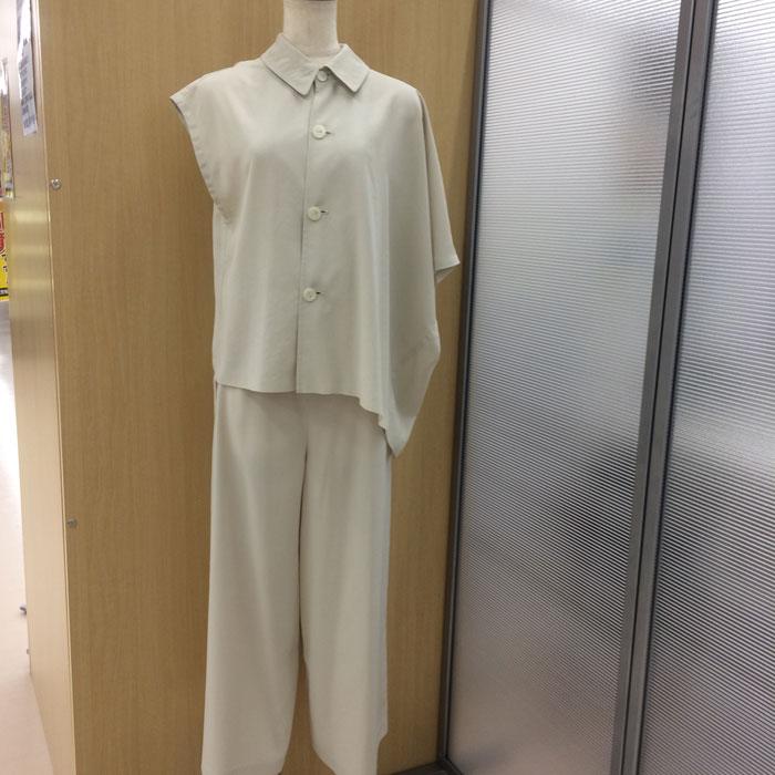【中古】トリココムデギャルソン レディース セットアップ スーツ ベージュ系 サイズM[jggI]