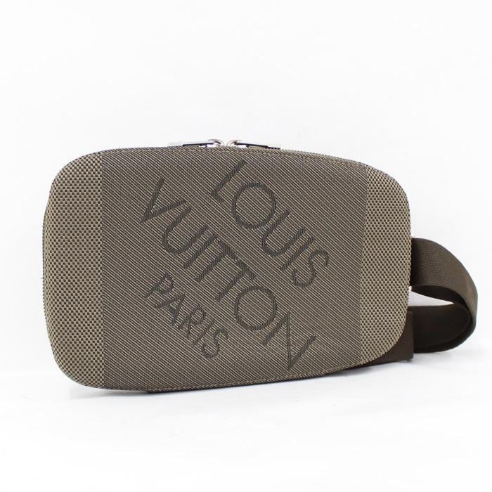 【中古】LOUIS VUITTON ボディバッグ ワンショルダーバッグ ダミエ ジェアン マージュ M93500