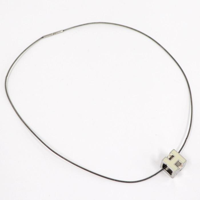 【中古】HERMES ネックレス カージュアッシュ ネックレス Hキューブ シルバー オフホワイト