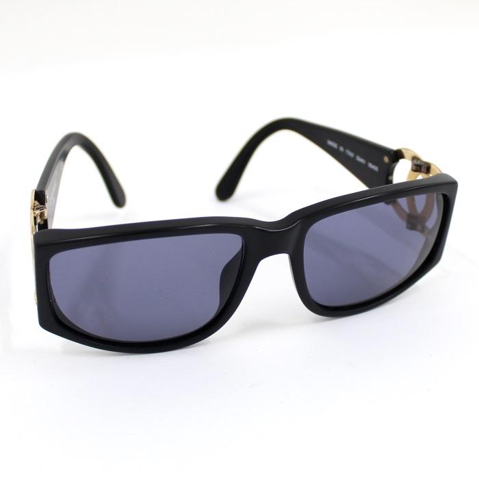 【中古】CHANEL サングラス プラスチック ブラック 黒 ゴールド金具 ココマーク ロゴ 02461 90405