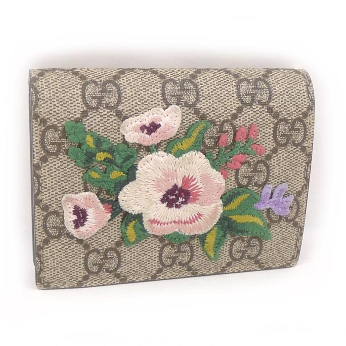 【中古】 GUCCI 二つ折り財布 GGスプリーム コンパクトウォレット ベージュ PVC/刺繍(花) 456867