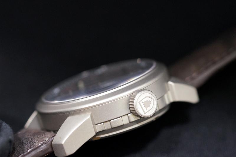 真正的德國造在取得德國 2013年新模型 shauborgwatch AQM 牛蛙視覺自動上弦