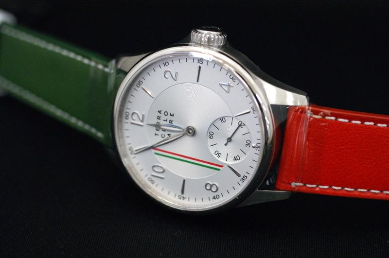 正規品 イタリア腕時計 「テッラ・チエロ・マーレ」TERRA CIELO MARE 限定品 イタリア国旗 トリコロールカラー 手巻き 送料無料【土日祝日発送可能】