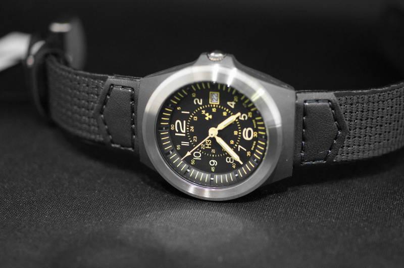 【スーパーSALEクーポンあり】国内正規品 スイス製 Traser【トレーサー】TYPE3 Pilot Silver(タイプ3パイロット・シルバー) 腕時計 P5900.506.K3.11 日本限定モデル【ボーイス】【男女兼用】【9031553】