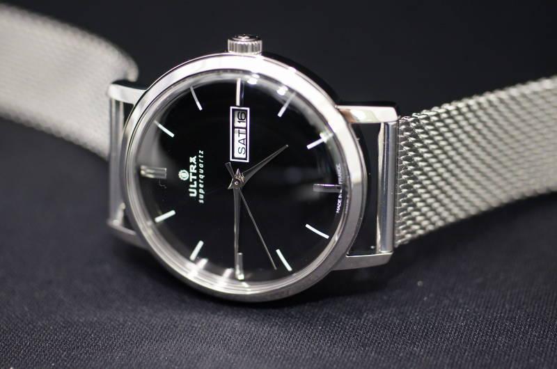 【スーパーSALEクーポンあり】国内正規品【ULTRA】ウルトラ(アルトラ)フランス製腕時計 ブラック文字盤 ビンテージ感漂う 電池式クォーツ 腕時計 38ミリケース メタルバンド【メンズ】男性用【USQ131SM】