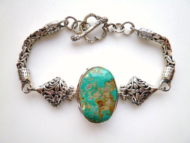 【坂元屋店主お勧め!!】《トルコ石好き必見》非常に貴重な古い昔のトルコ石の銀細工ブレスレット