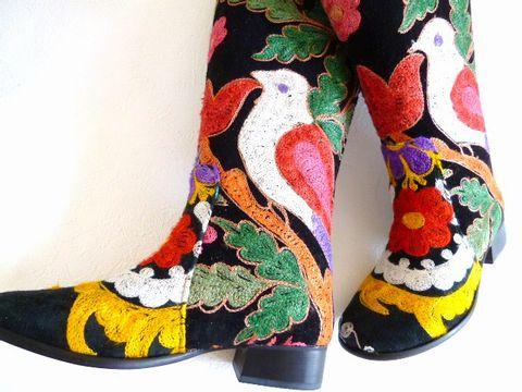 《全て一点物!!》トルコ製ウズベキスタンのスザニ刺繍を使ったロングブーツ35号(日本サイズ22.5)【トルコ雑貨】【坂元屋店主一押し】