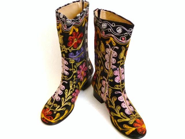 《大好評!!》可愛い刺繍がお薦め【エスニックでフォークロア!!】トルコ製ウズベキスタンのスザニを使ったブーツ:39号(日本サイズ24.5cm)【532P19Apr16】
