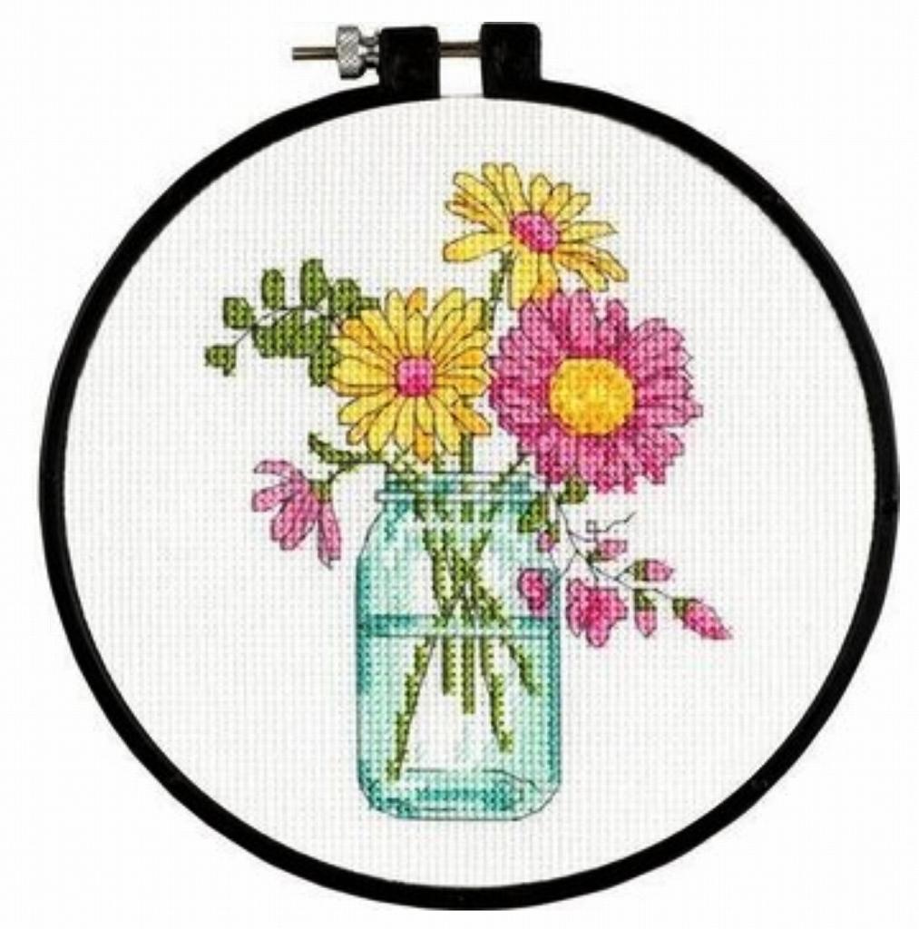 アメリカ 可愛い花瓶の花 初心者さんにぴったりのキットです 新色追加して再販 Dimensions クロスステッチキット 花瓶 花 初心者 初級 ディメンションズ 送料無料 刺しゅうキット 刺繍枠付き お買い得品 スターターセット ハンドメイド