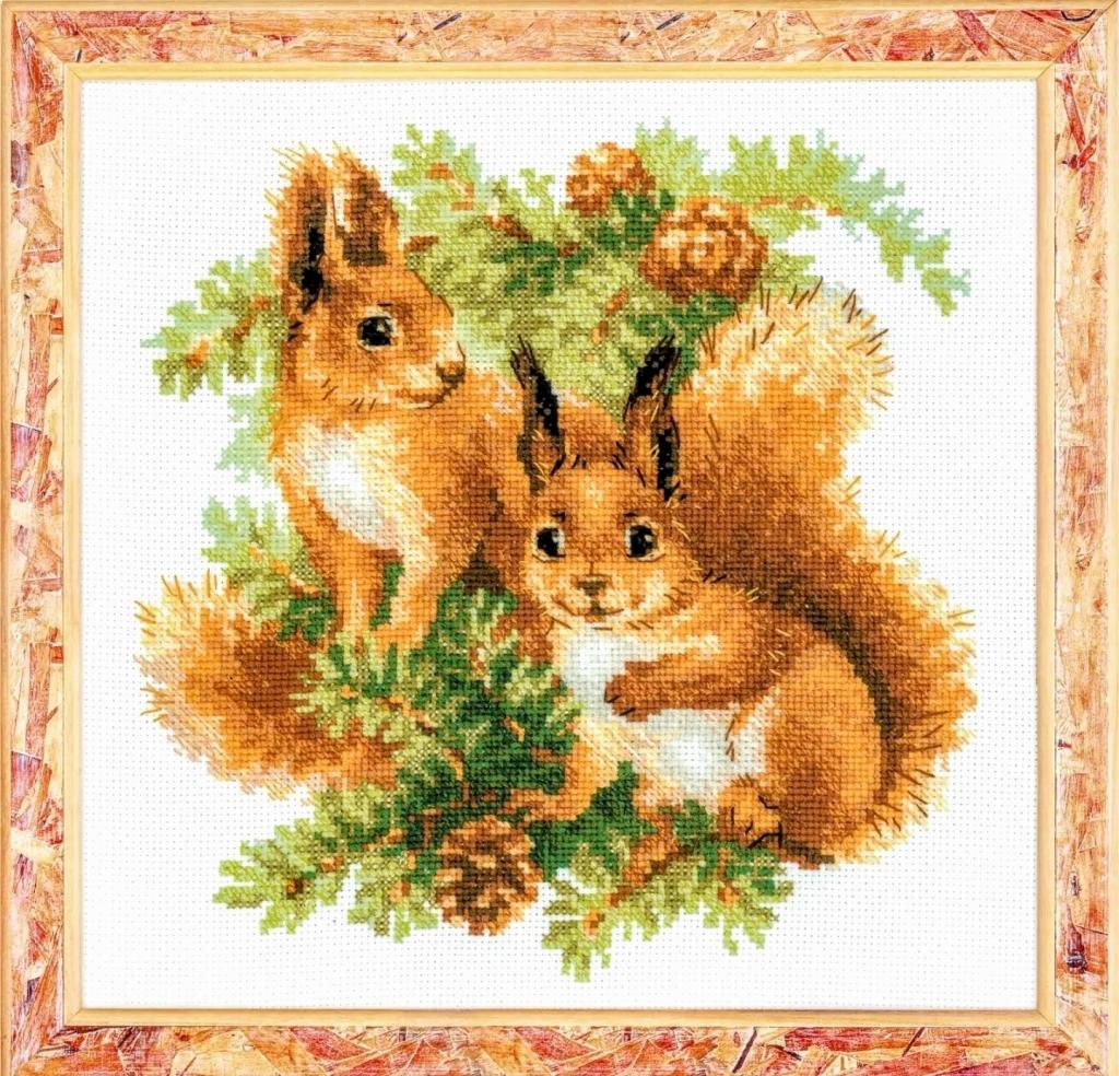 ロシア 海外 輸入 手芸 ハンドメイド かわいい 動物 クロスステッチキット Riolis 仲良し 刺繍キット セール特価品 セール特価 りす Squirrels2匹 リオリス 送料無料