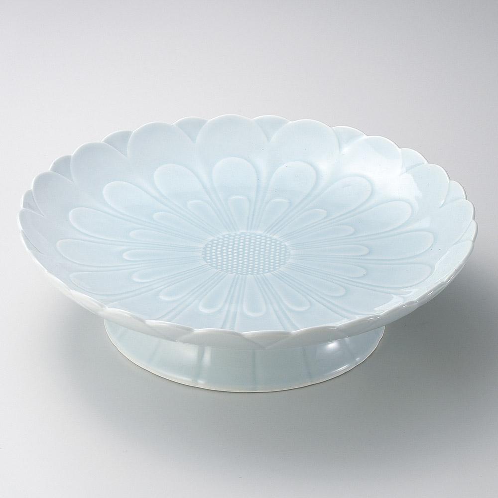 有田焼 青白磁 菊彫 高台盛皿 36cm 特大皿36.5x10cm 日本製 刺し盛 お惣菜の盛り合わせ パーティー 宴会 おもてなしの盛り付けに大振りの特別な青磁和皿 超特大サイズ