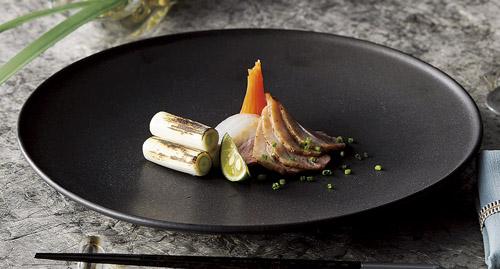 28cm 黒フィノ ワンプレート ランチ皿日本製 美濃焼メイン・オードブル・お惣菜・前菜盛り合わせ・ワンプレートランチに和洋対応、和カフェ、古民家カフェ、ビンテージカフェ食器
