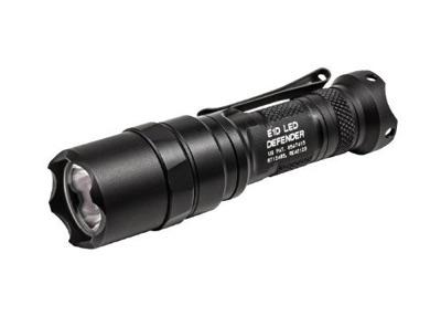 SURE FIRE (シュアファイヤー) E1D LED ディフェンダー(電池1個・300ルーメン)E1DL-A・お取寄