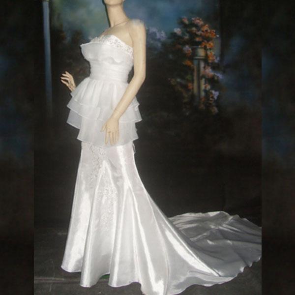 ☆人生で一番輝いていただく為の最適なドレスを☆結婚式ドレス、ブライダルドレス、パーティードレス、二次会ドレス、発表会ドレス、子供ドレス、謝恩会ドレス、演奏会ドレス☆ウェデイングドレスNo.15【宅】【P25Jan15】