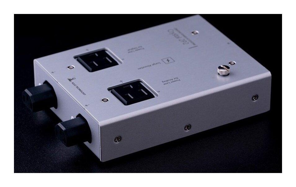 KOJO TECHNOLOGY Crystal C2P2 分岐型 電源タップ【送料無料】【smtb-TK】【ポイント3倍】