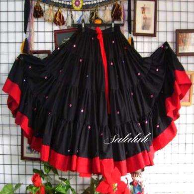25ヤードコットンジプシースカート ミラー装飾 ブラック&レッド gs037 ベリーダンス衣装 コスチューム ステージ衣装 レッスンウェア レッスンウエア レッスン着 ワンピース ドレス