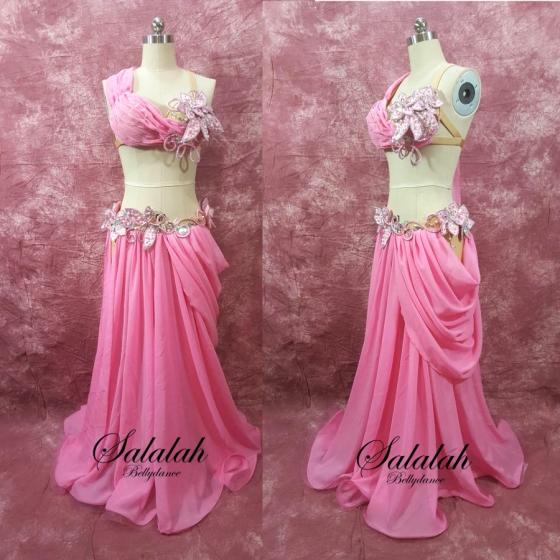 isisyo Designer ベリーダンス衣装 Pink flower md1005 即納品 サイズ指定オーダー ベリーダンス衣装 コスチューム レッスン 発表会 ステージ ブラ(スカーフ一体型) スカート(ショートパンツ一体型) ライクラ シフォン