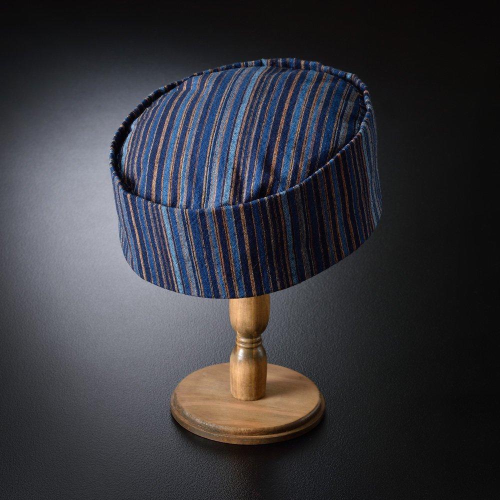 藍染と柿渋染、伝統の染めを贅沢に合わせた絶妙な風合い。 藍染柿渋縞柄 利休帽(S-M)