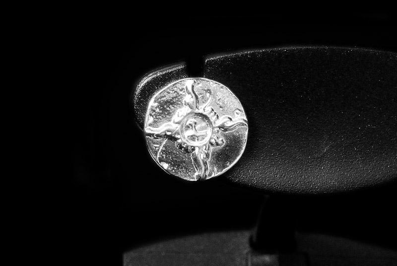 一垒箭SVFA标记捕捉无环耳环O-002银子无环耳环0601乐天卡分割