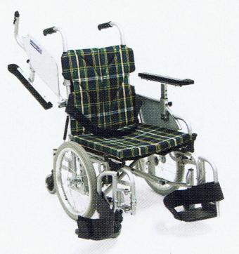 [カワムラサイクル] 室内用六輪自走用車いす <スイングアウト仕様>KAK20-40-LO