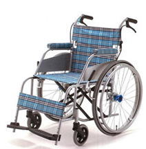 [片山車椅子製作所] KARL カール KW-901 (自走式・ドラムブレーキ付き)