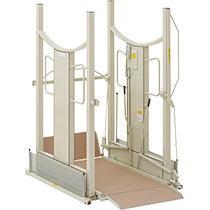 [いうら] 車椅子用電動昇降機 UD-1500(昇降範囲6.5~150cm)
