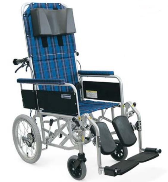 【法人宛送料無料】[カワムラサイクル] RR53-DN フルリクライニング車椅子 介助式 介助ブレーキなし デスク型アームサポート仕様 脚部エレベーティング&スイングアウト リーズナブル 折りたたみ ベルト付 KAWAMURA