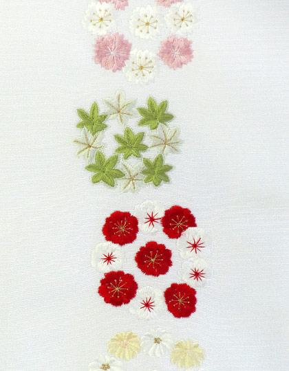 花かんむり 金糸入り刺繍半衿 / 正絹 / 袷用 / 半襟