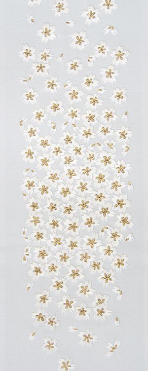 小桜づくし 手刺繍半衿 / 正絹・塩瀬 / ブライダル・袷用 / 白地×金糸 / 半襟