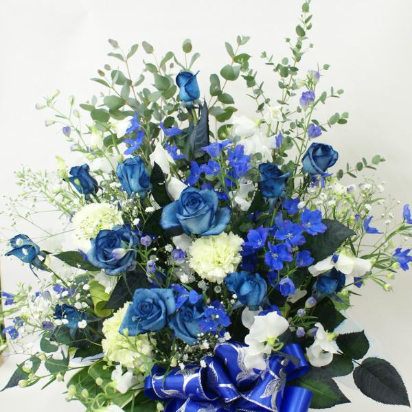 アレンジメント10000青いバラと他の花も混ぜてオリジナル【世界に一つの贈り物♪お誕生日出産祝いなどの記念に残るサプライズな贈り物】青バラ 青薔薇 【ご出演・発表会】【楽屋花】