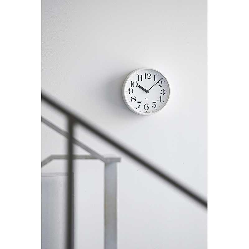 ポイント最大20倍!【Lemnos/レムノス】RIKI STEEL CLOCK / リキ スチール クロック 数字指標 [電波時計]【掛け時計 引越祝い 新築祝い プレゼント ギフト 贈り物 かわいい おしゃれ 音がしない】