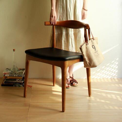 【選べる3色☆】【デザイナー:ハンス・J・ウェグナー】 商品名:ELBO CHAIR SQUARE(エルボチェア・スクエア)premium【高品質リプロダクト・復刻版】【ダイニングチェア】【椅子】【天然木】【北欧】【名作】【Yチェア】