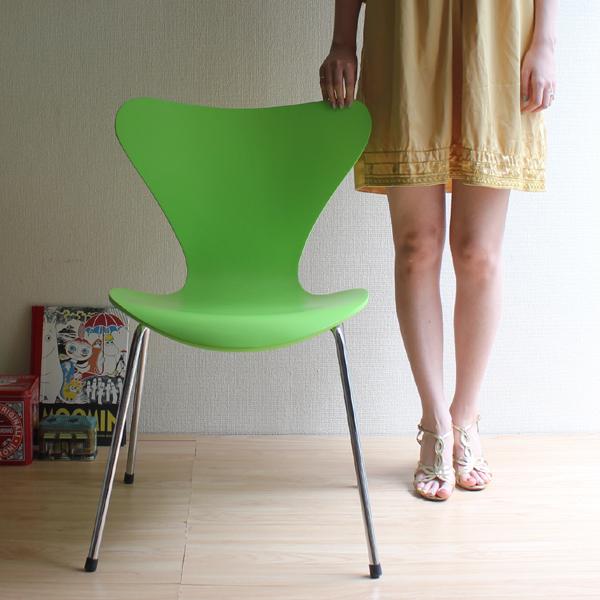 【選べる7色】【完成品・組み立て済み】【デザイナー:アルネ・ヤコブセン】商品名:SEVEN CHAIR(セブンチェア)プレミアム【リプロダクト・ジェネリック・復刻版】【ダイニングチェア】【椅子】【北欧】【デザイナーズ】【木製】