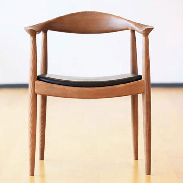 【デザイナー:ハンス・ウェグナー】 商品名:THE CHAIR(ザ・チェア・レザー 牛本革)【ハイクラス・リプロダクト/復刻版】【木製チェア】【ダイニングチェア】【Yチェア】【北欧】【デザイナーズ】【アームチェア】【PP503】