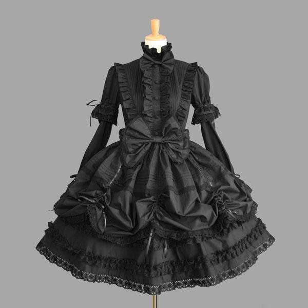 フリルやリボンが可愛い黒ゴスロリドレスです 袖は付けるタイプなので 半袖としても利用できます 上のリボンは取り外し可能 宮廷ドレス ワンピース 大注目 ゴスロリ ドレス 実物 黒 ブラック サロン 過剰装飾 コスプレ