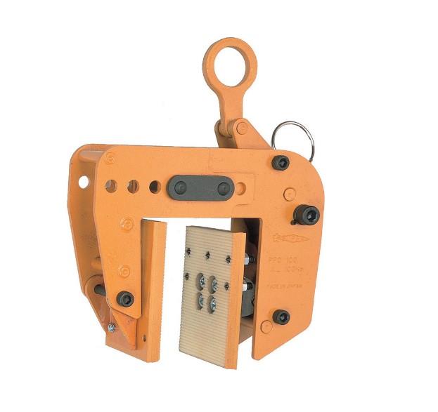 【SUPERTOOL(スーパーツール)】パネル吊りクランプ(型枠・木製パネル用) 250kg、80~180mm / PTC250 / スプリング式締付けロック機構 / 防音壁使用可能 /遠隔操作用ロープ付【吊クランプ/吊り上げ器具】
