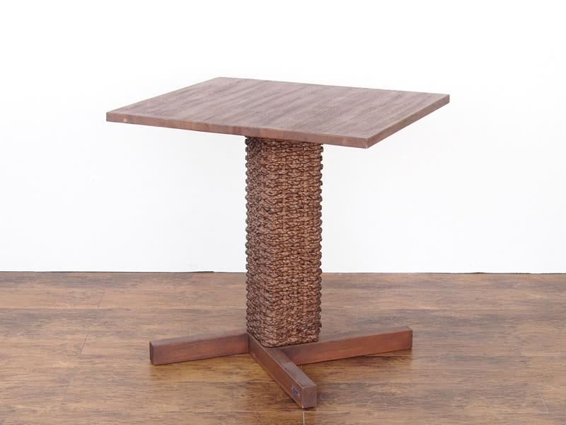 カフェテーブル 角型