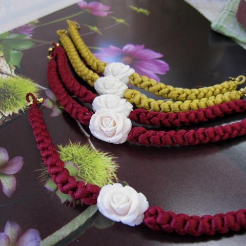 ミッド珊瑚美しい薔薇と桜の花の両面彫り羽織紐/正絹/着物/和小物【送料無料】【smtb-KD】